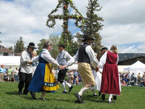 Family fun, cultural entertainment and authentic food at the Scandinavian Midsummer Festival